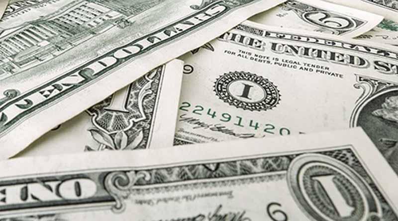 Dólar promedia en 19.37 pesos a la venta en el aeropuerto capitalino