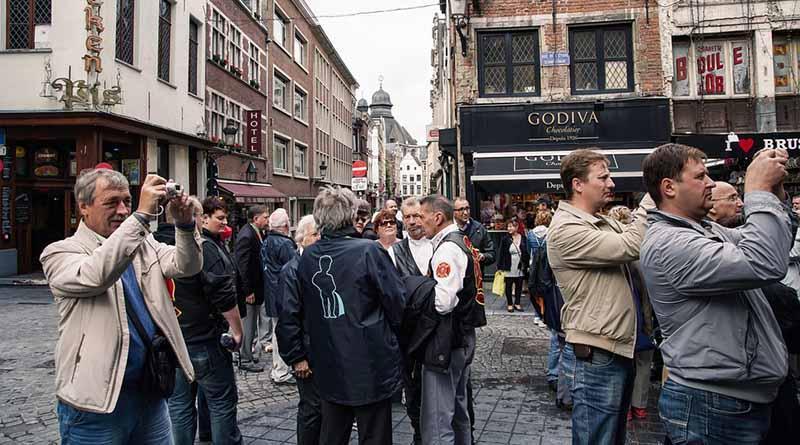 Huelga de pilotos deja 60 mil personas sin vuelos en Bruselas