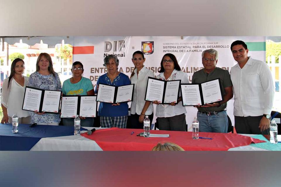 Firma DIF Estatal convenio de colaboración a favor de la población vulnerable