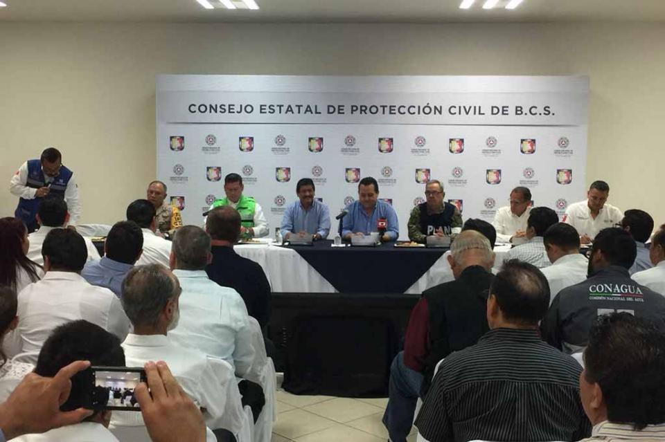 """Sesiona Consejo Estatal de Protección Civil, ante la presencia del huracán """"Bud"""""""