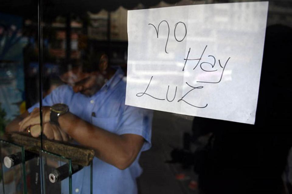 Colapsan servicios públicos en Venezuela