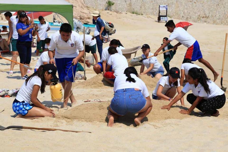 Realiza Zofemat concurso de esculturas de arenas para celebrar Día Mundial de Los Océanos