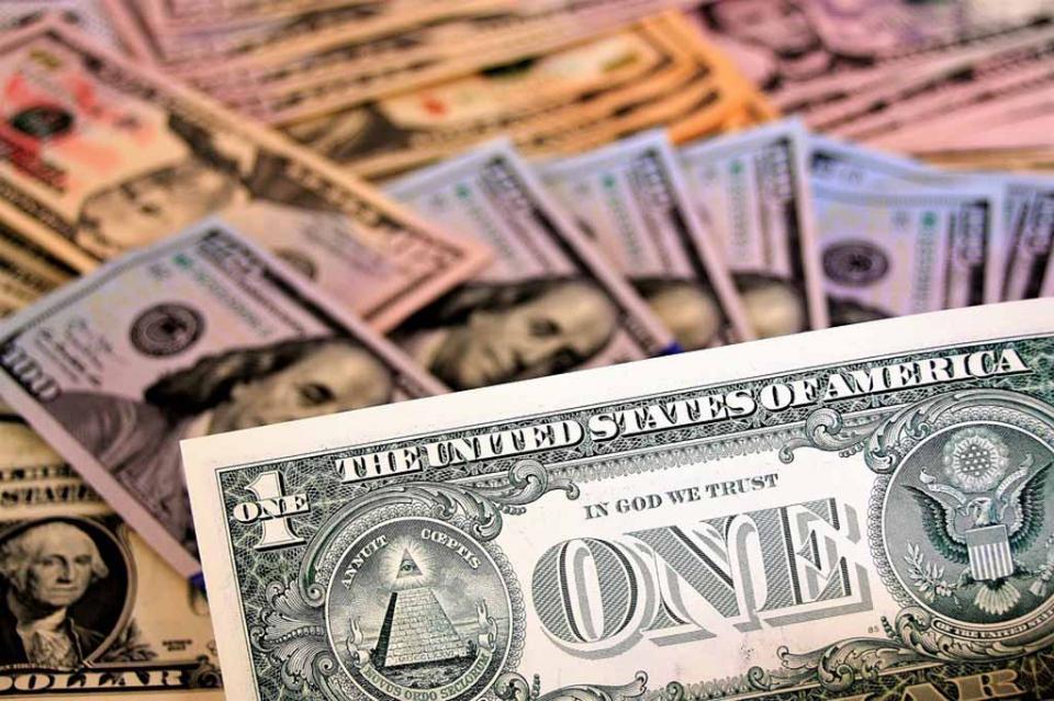 Casas de cambio del aeropuerto capitalino venden dólar en 19.82 pesos