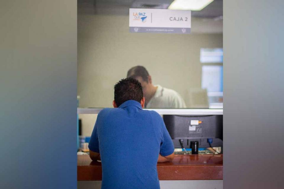 Permanecen abiertas cajas recaudadoras del Ayuntamiento de La Paz durante periodo vacacional