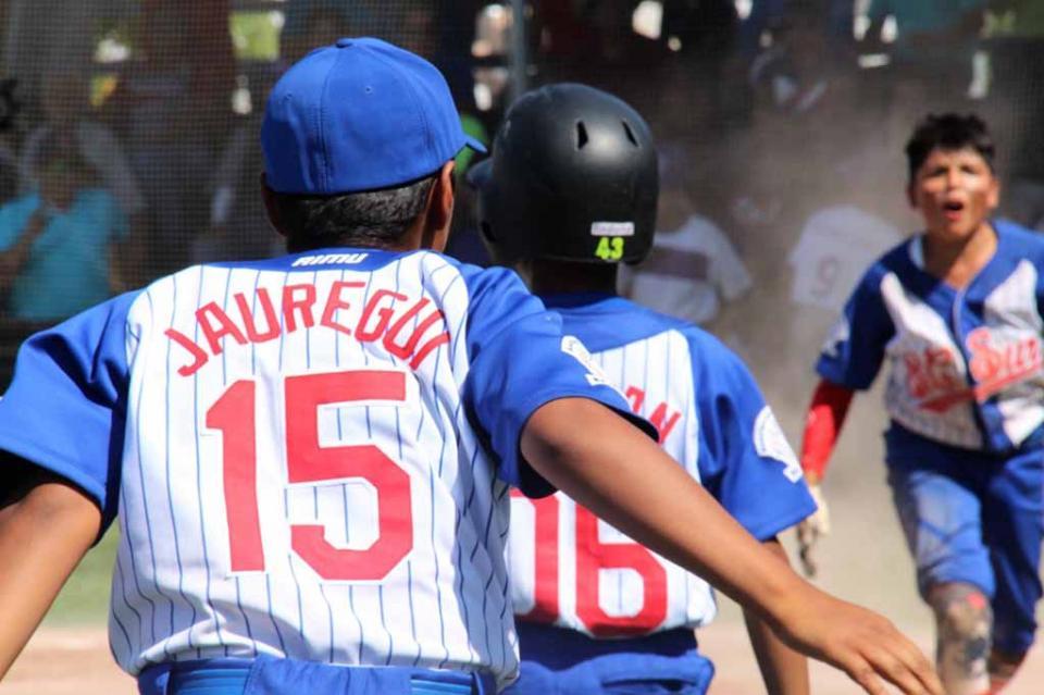 Gana BCS doble juego y aspira a la final del Campeonato Nacional de Beisbol U12