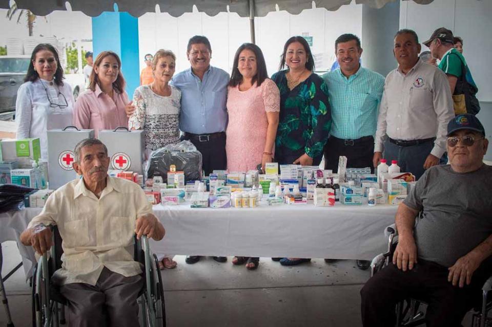 Alcalde de La Paz entrega acciones de apoyo a las Delegaciones