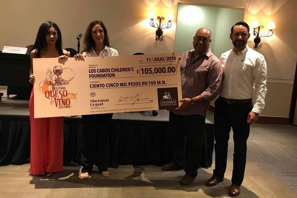 Sheraton Grand Los Cabos, Hacienda del Mar hace donativo por 105 mil pesos a Los Cabos Children´s Foundation