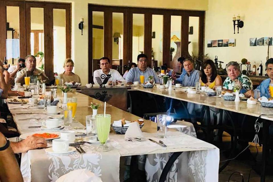 Ante Grupo Madrugadores, informa Procurador que habrá incremento de ministeriales en Los Cabos