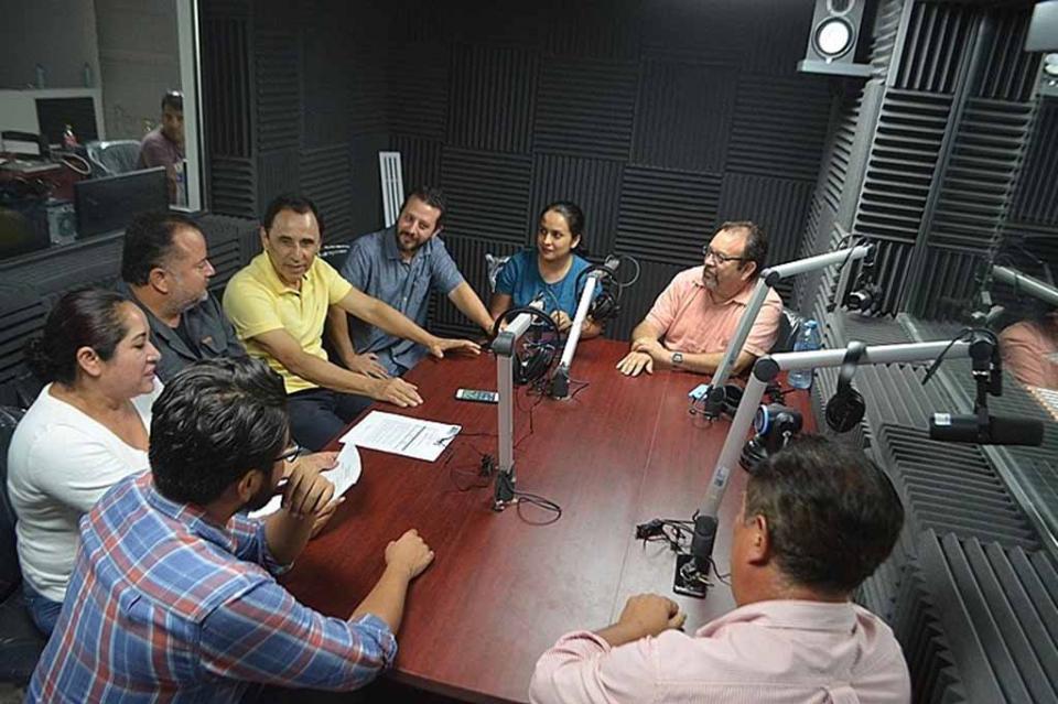 "A partir del lunes inicia transmisiones ""Radiante FM"" en La Paz"