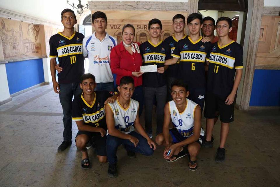 Con apoyo del Gobierno Municipal, deportistas participarán en Nacional de Volibol en Irapuato