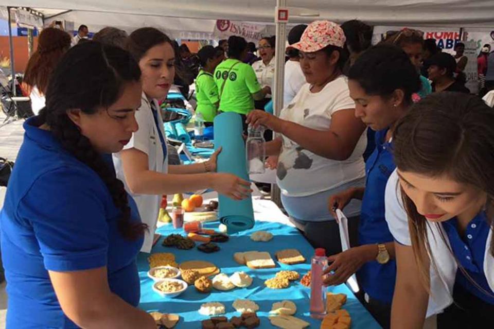 Gran participación en los programas municipales como desafío 60, pláticas y la Unidad Médica Móvil