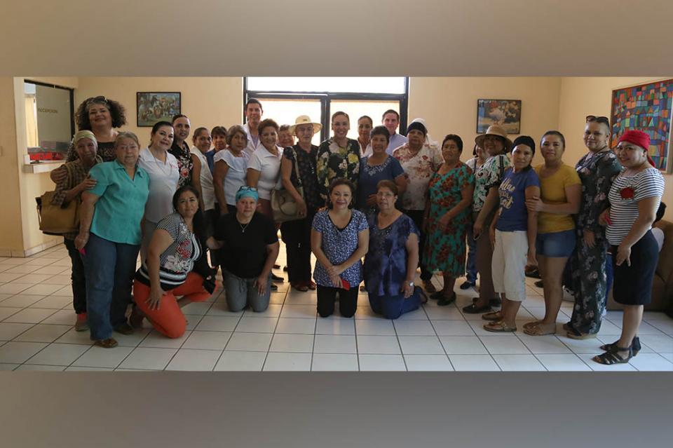 DIF Los Cabos y Los Cabos Women´S Wellness Foundation A.C. benefician a guerreras sobrevivientes de cáncer de mama