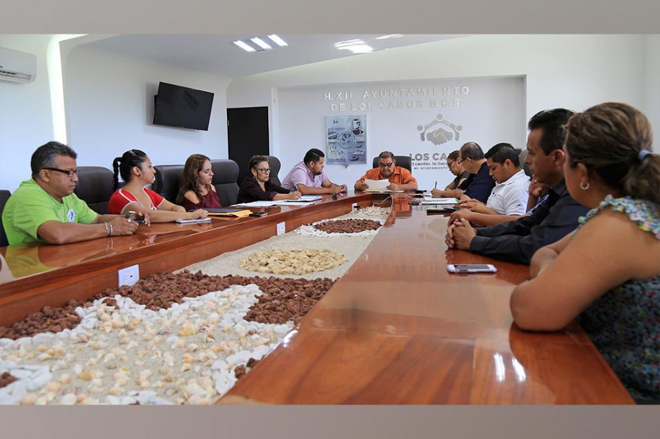 Sesionó comité pro-animal de Los Cabos, destacando la creación de su página oficinal en Facebook