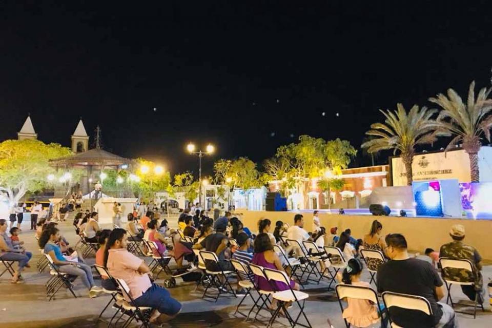 Gobierno de Los Cabos promueve programas culturales en las plazas y comunidades de Los Cabos