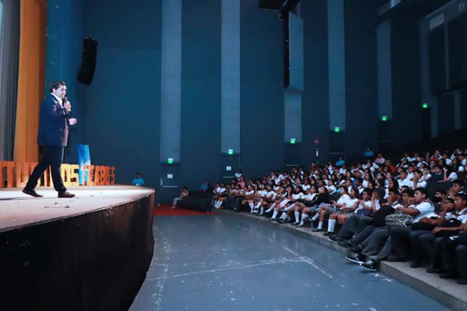 """Presentan el 3er. Congreso Juventud Los Cabos 2018 """"Construye Tus Sueños"""""""