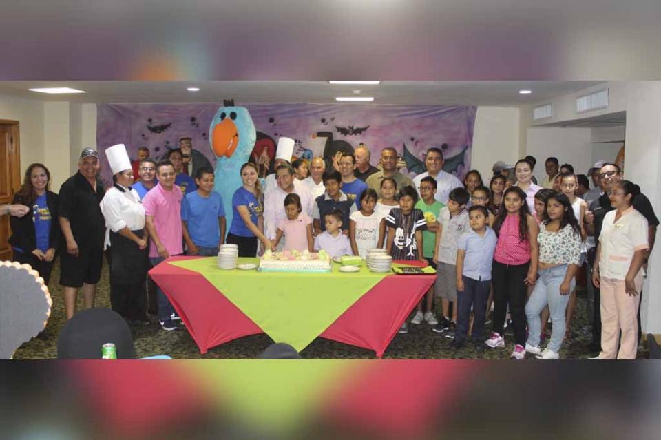 Festeja la CROC a los hijos de los trabajadores con los mejores promedios educativos