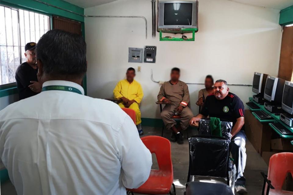 COEPRIS capacita en higiene alimenticia a personal del centro penitenciario de Santa Rosalía