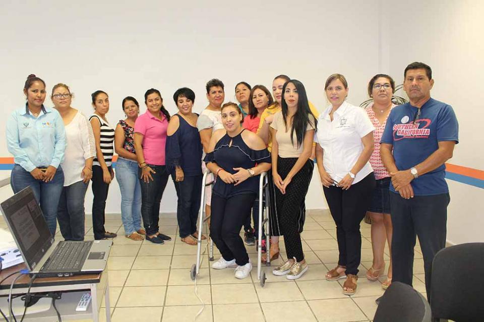 Inicia DIF Municipal curso de Lengua de señas Mexicana y código de bastón blanco