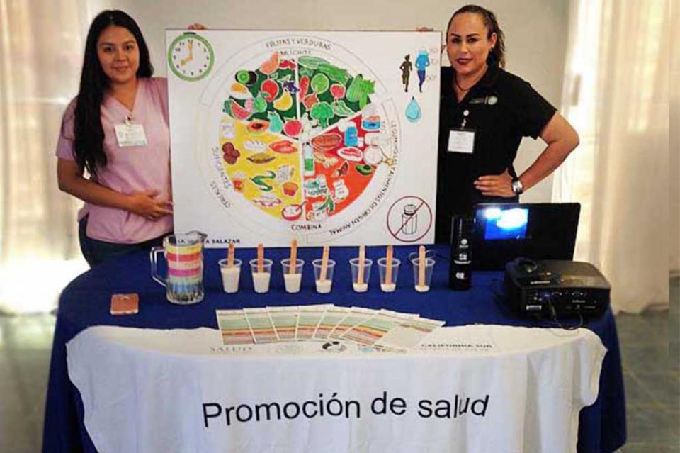 Salud promueve la jarra del buen beber para que ciudadanos refuercen su hidratación