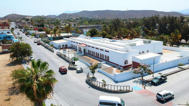 Avanza la construcción del el nuevo Centro de Salud en Todos Santos