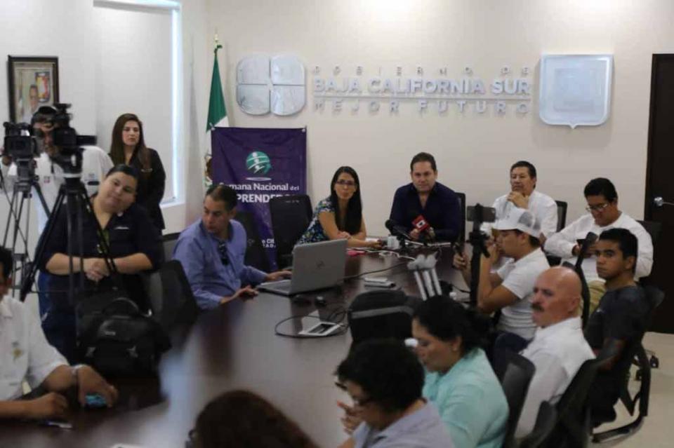 Promueve SETUES Semana Nacional del Emprendedor