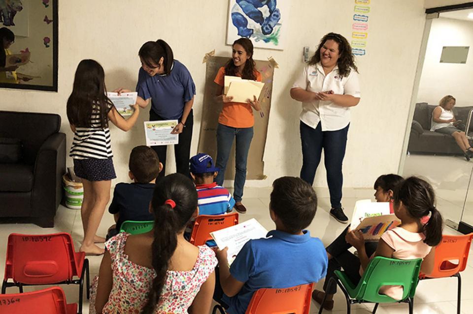 """Finaliza curso de verano """"Jugando y Creando Igualdad"""" para niñas y niños"""
