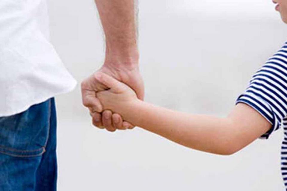 Advierte PGJE que no hay denuncias por intento o robo de infantes en BCS