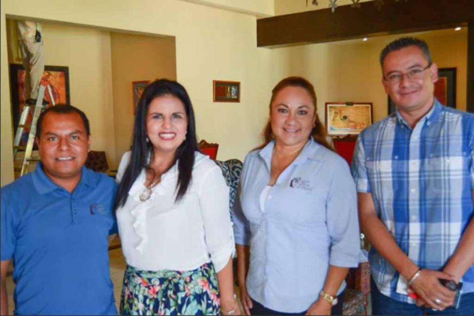 Sin protagonismos, solucionaremos problemas sociales y de salud: Armida Castro