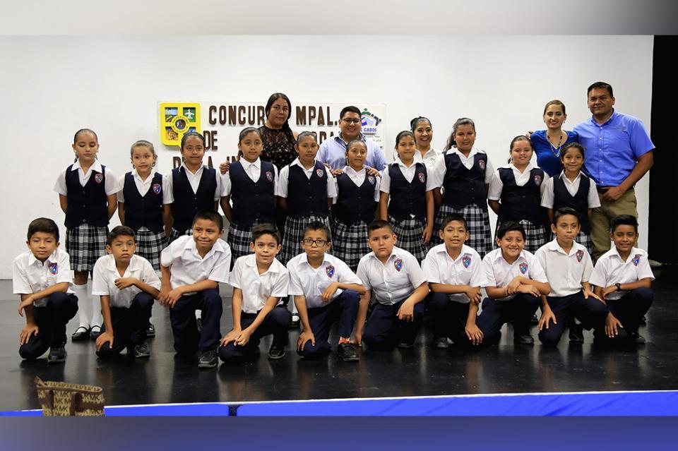 Se realizó concurso de Poesía Coral y dibujo enfocado en la Independencia de México