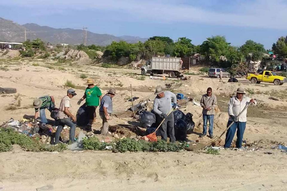 Realiza ecología municipal, jornada de limpieza en vado de Santa Rosa