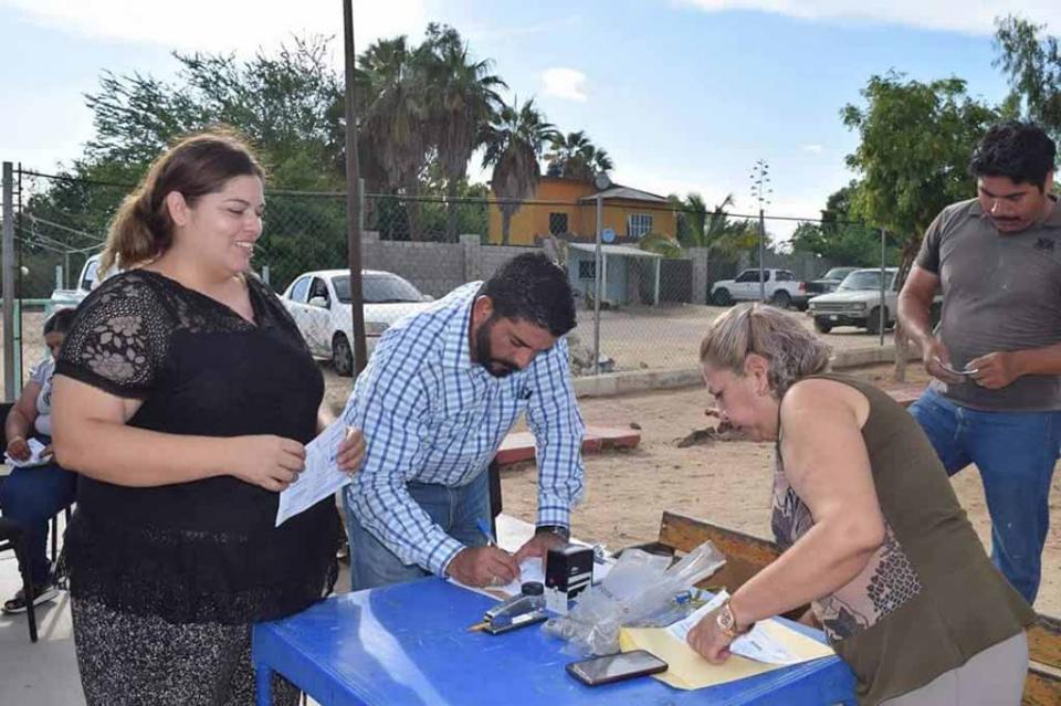 Realiza SAPA La Paz  jornada de regularización en Melitón Albáñez