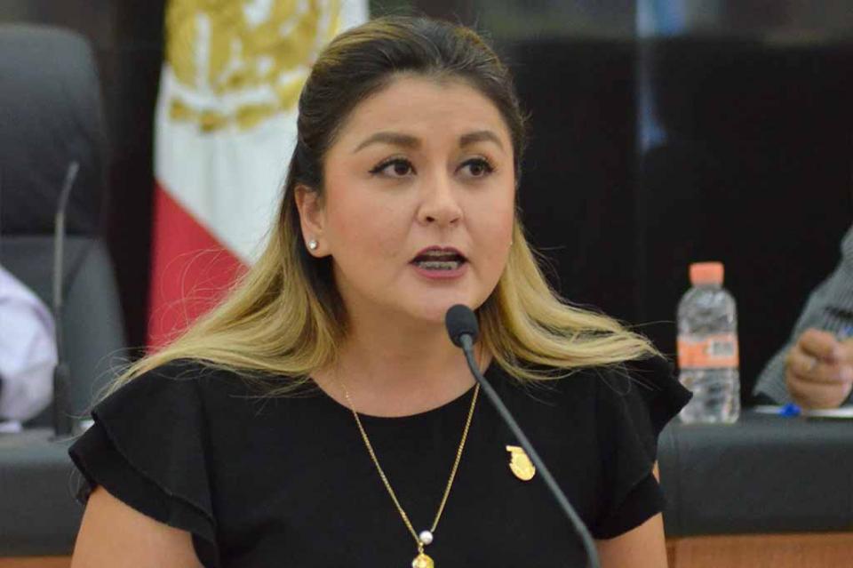 Trabajemos unidos y enviemos un mensaje claro y positivo del quehacer legislativo a los sudcalifornianos : Dip. Daniela Rubio