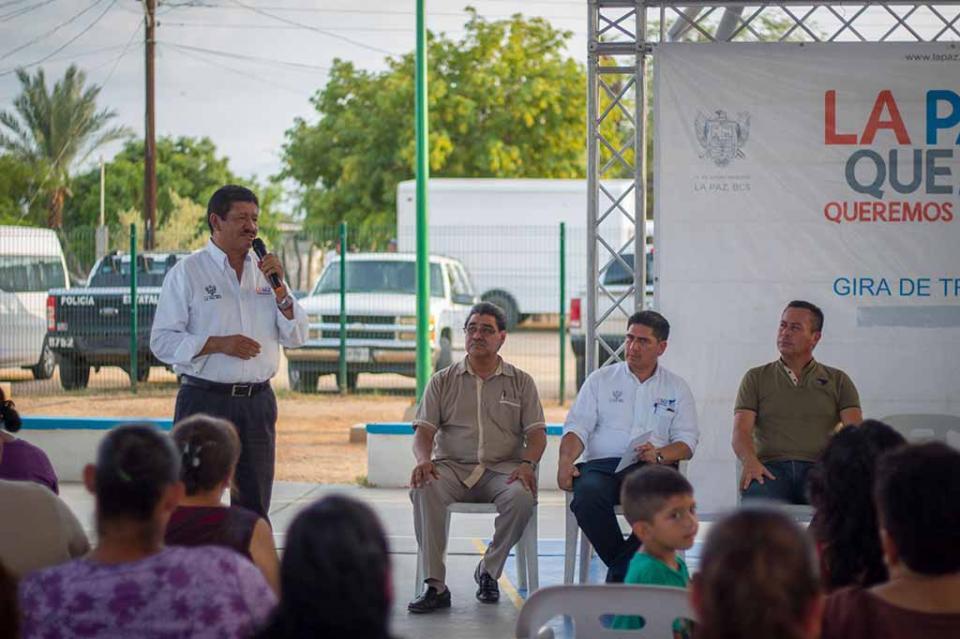 Entrega Alcalde de La Paz parque en la comunidad de Juan Domínguez Cota