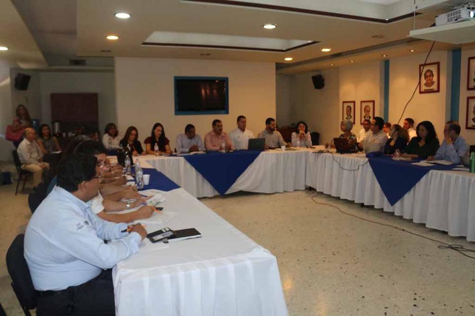 Capacitan a coordinadores académicos de preparatorias de BCS sobre Modelo Educativo
