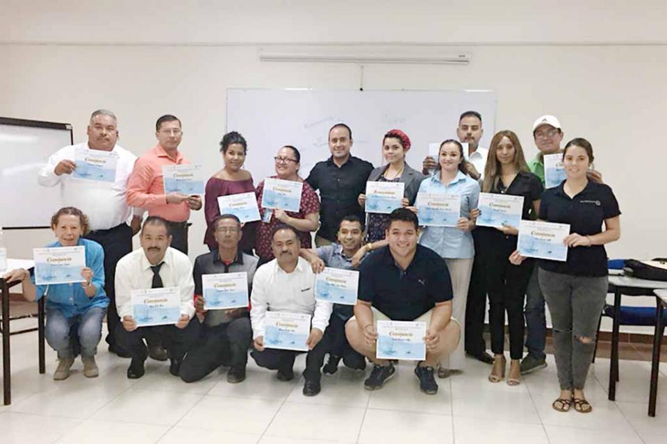 Se profesionaliza sector turístico de La Paz