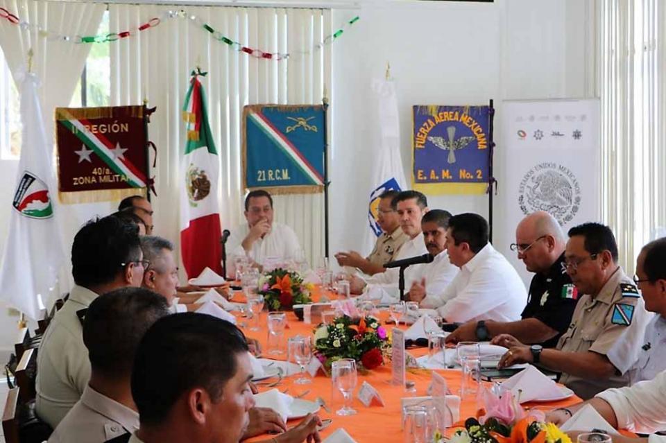 Poderes del Estado unidos para construir el mejor futuro de BCS: Álvaro De La Peña