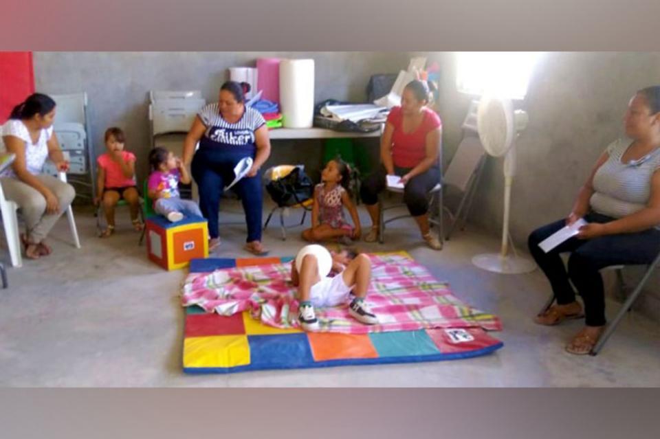 Salud acerca acciones de estimulación temprana a infantes de Comondú