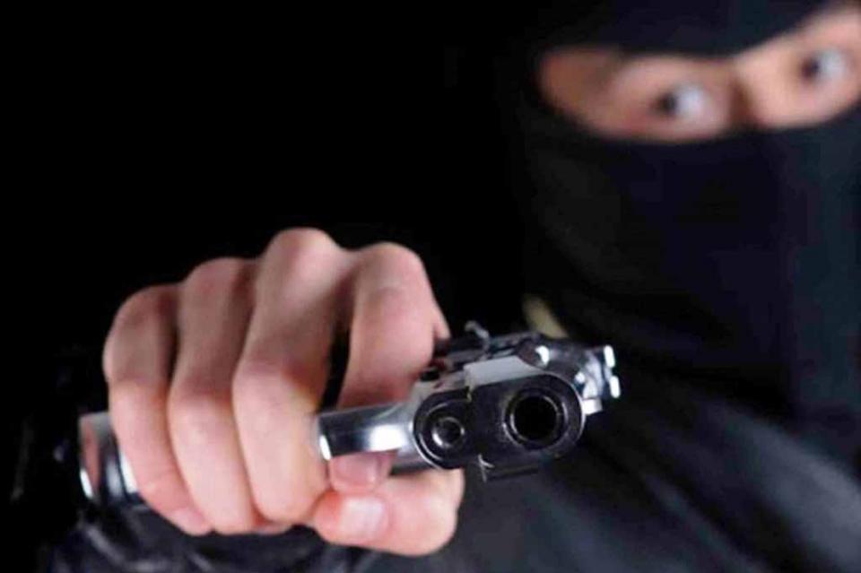 A mano armada asaltan mini super en Guerrero Negro y se llevan 10 mil pesos