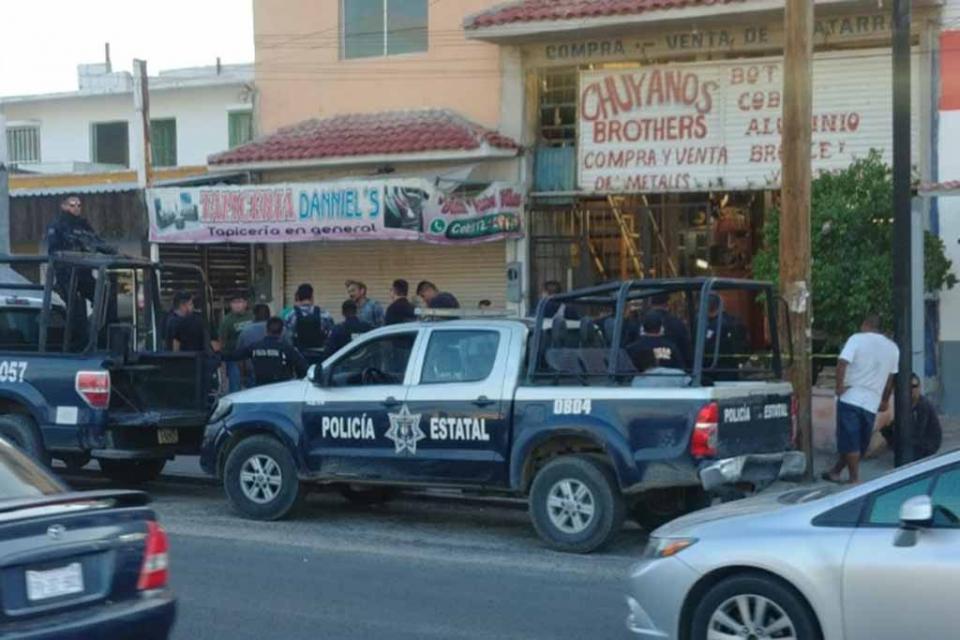Balean a una persona dentro de negocio de chatarrería en La Paz