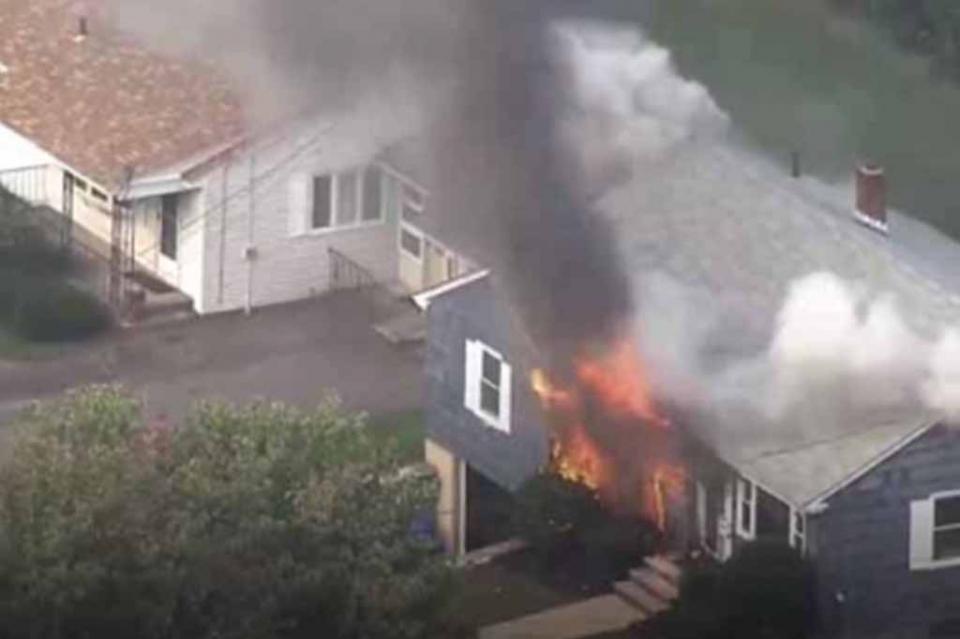 Decenas de explosiones causan enormes estragos al norte de Boston