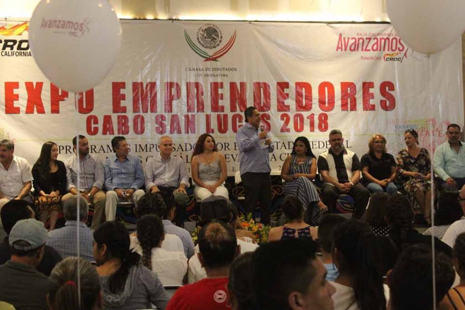 Expo Emprendedores CROC, historias de éxito de micros y pequeños empresarios sudcalifornianos