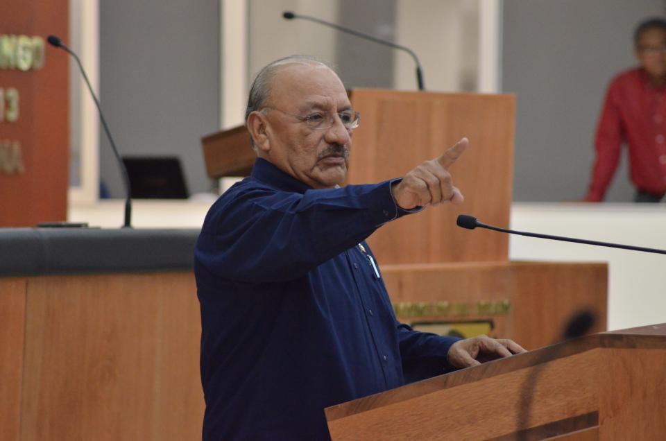 Las iniciativas que atenten contra los intereses de los sudcalifornianos no pasarán en el Congreso del Estado:  Esteban Ojeda Ramírez