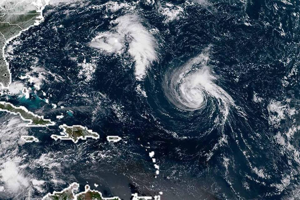 Huracán Florence se fortalece y alcanza categoría cuatro