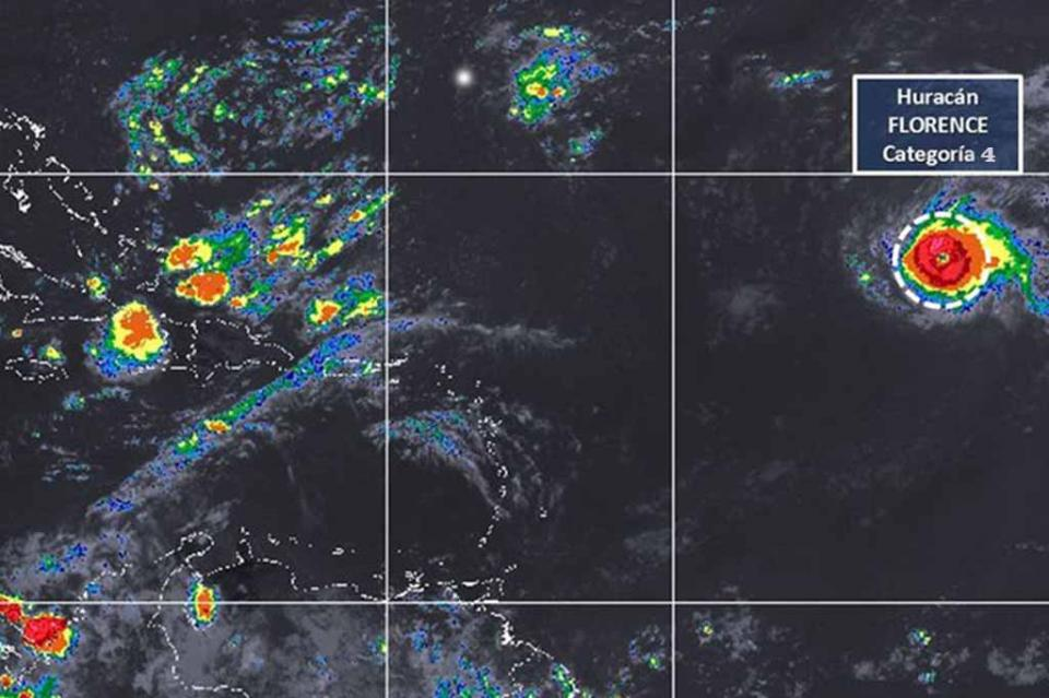 Huracán Florence alcanza categoría 4 camino a Bermuda