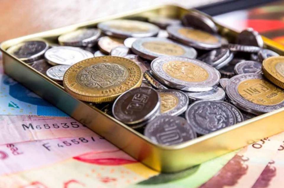 Peso cierra semana con depreciación por incertidumbre sobre TLCAN