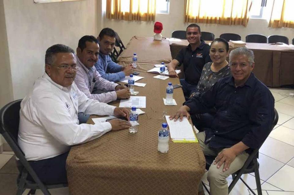 Sostiene CROC BCS reunión de trabajo con IEEA a favor de combatir rezago educativo de los sudcalifornianos