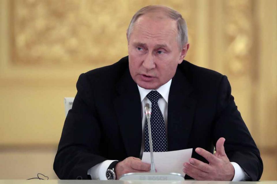 """Putin: retirada de EEUU de los tratados de desarme provocará una """"carrera armamentística"""""""