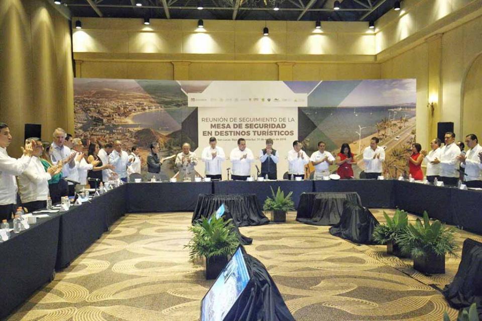 Es Baja California Sur ejemplo nacional:  Enrique de La Madrid