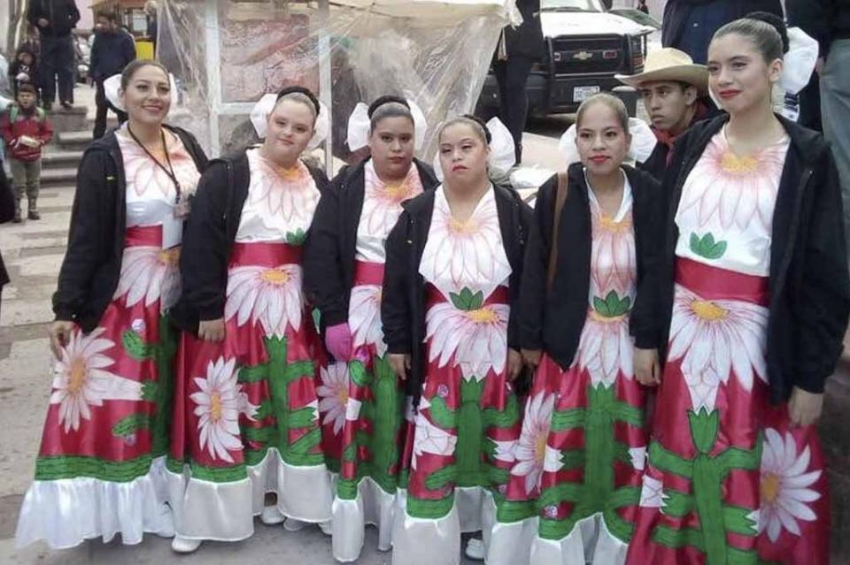 Participaron alumnos sudcalifornianos de CAM laboral en festival cultural en Zacatecas