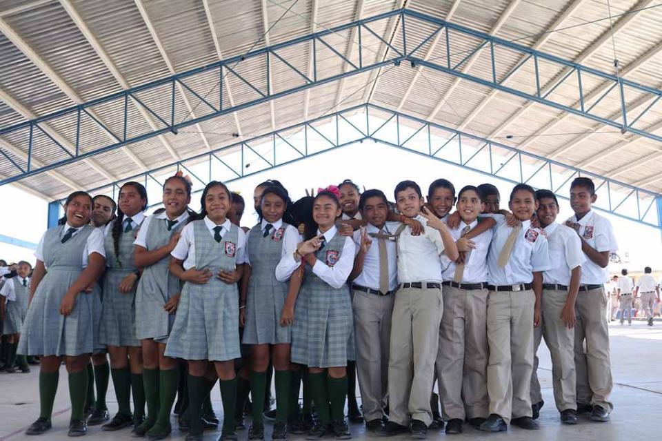 Cuentan con techumbre el 100 por ciento de los planteles de educación básica de Los Cabos